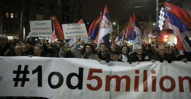 Protests against the President In Serbia is dominated by anger, on Vucic