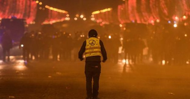 Protests to new year's eve: the Champs-Elysées in yellow?