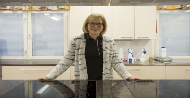 Ready food factory for more than 30 years working with Tuula decide what finns eat - taste of work