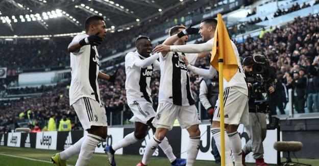 Ronaldo leads Juve, Tottenham falters