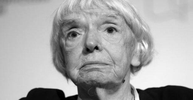 Russian civil rights activist Alexeyeva died
