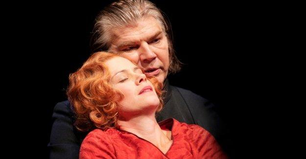 Scenrecension: Fanny and Alexander in Gothenburg – sweden maskspel without magic