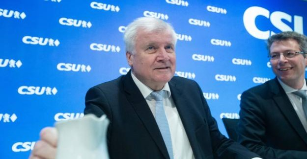 Seehofer's farewell on Rates : the most wonderful time of the end