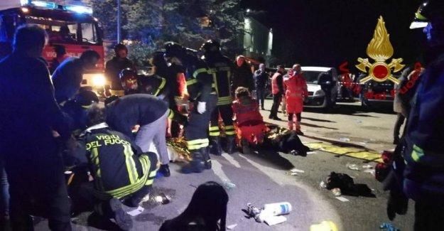 Six killed in massepanik in Italian nightclub