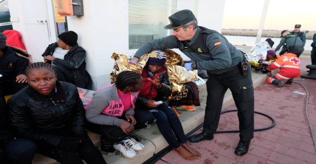 Spain reinvents its policy towards Africa to influence the causes of migration
