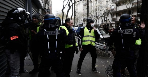 The demonstrations continue to shrink in Paris