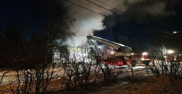 The fire destroyed a private house in Kemi - the dog is feared trapped in the flames