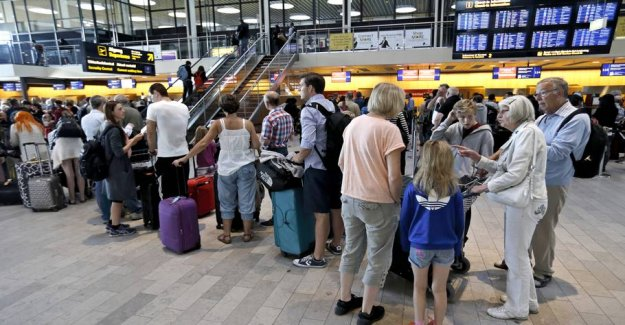 The prices plummets: airline tickets have never been cheaper