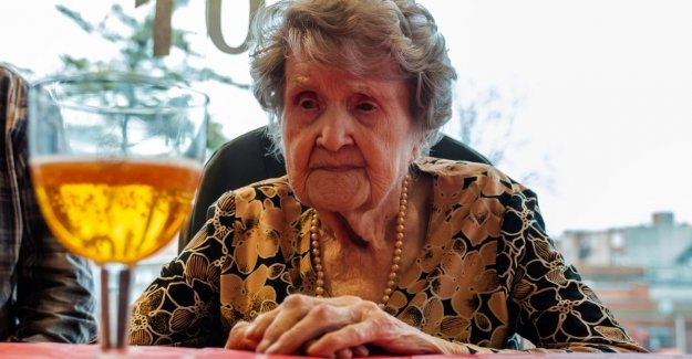 VIDEO. Cecile (106) is the oldest inhabitant of Antwerp: A good trappist or a pint, I have never chopped off