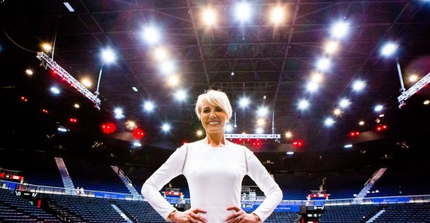 VIDEO. Dana Winner is gearing up to 7,000 South African fans