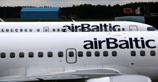 Video: Pim, pim, pim, pim... Crazy alert system get one call almost the entire Air Baltic flight: Ridiculously annoying