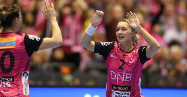 Vipers defended the CHAMPIONSHIP title in handball