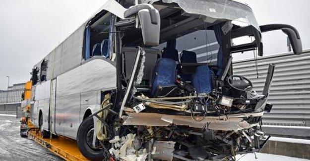 Woman dies in bus crash in Switzerland