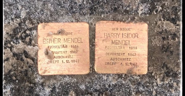 A stop at Esther and Harry Isidor prior to a meeting with Per