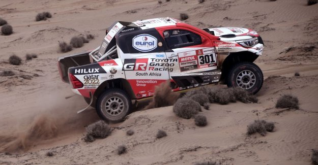 Al-Attiyah wins fourth Dakar stage on cars and increase the lead, Brabec stores double win at the engines