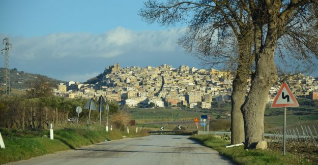 Always dreamed of a place under the sun? Sicilian town of sell houses at 1 euro