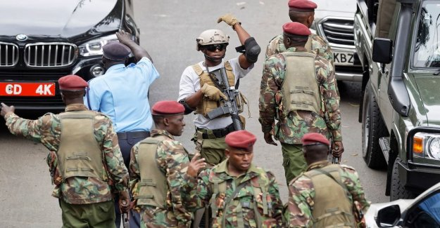 At least 21 dead in the bombing of Nairobihotell