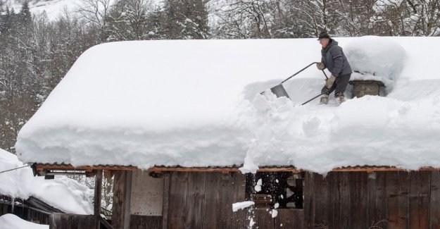 Austria groans under snowfall: avalanche risk at the highest level, tens of thousands of people hemmed in by snow