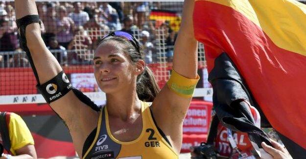 Beach volleyball : Kira Walkenhorst: A medical file as thick as a phone book