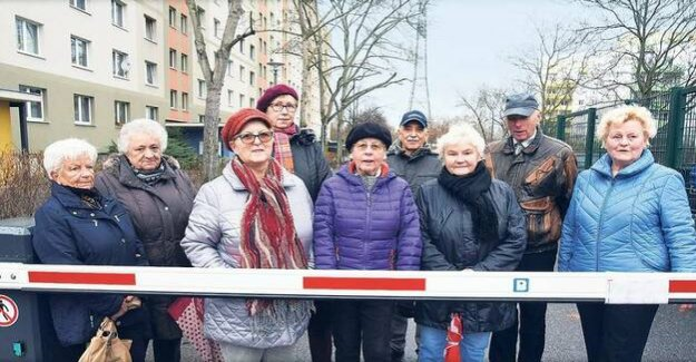 Berlin-Lichtenberg : tenants angry over paid Parking