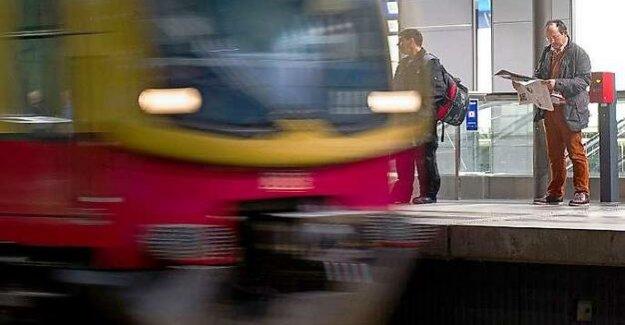 Berlin S-Bahn : S1: suspicious item is not dangerous