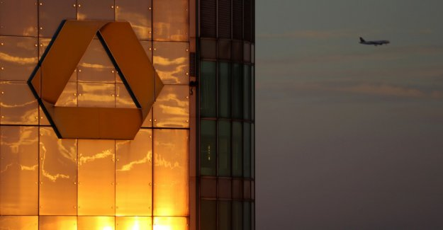 Berlin dreams of a strong German Bank