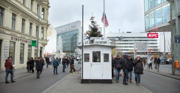 Berlin's city development Senator : Lompscher more apartments am Checkpoint Charlie