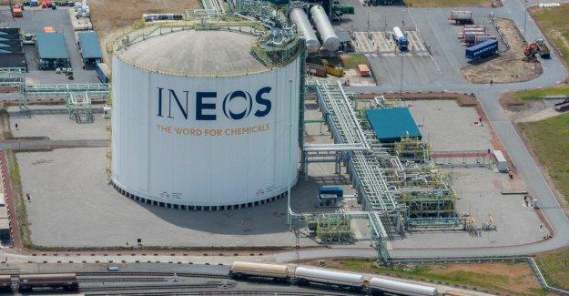 British chemiereus invests 2.7 billion in new factories in Antwerp port