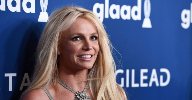 Britney Spears takes a break for an indefinite time