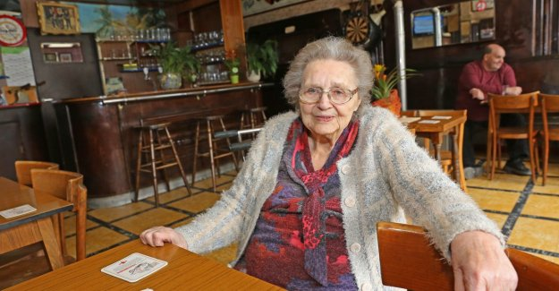 Café owner Julia (94) dies in the café that she's 63 years had opened