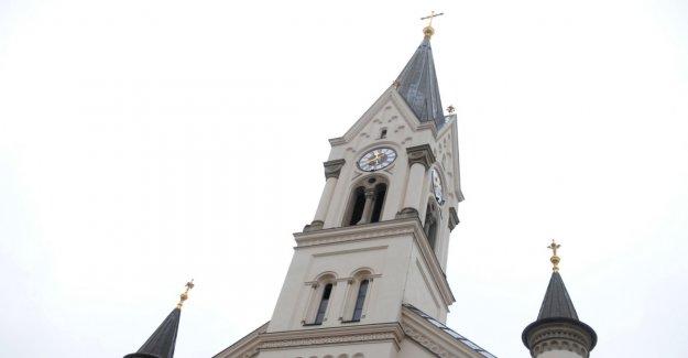 Church bell Yanks residents from sleep