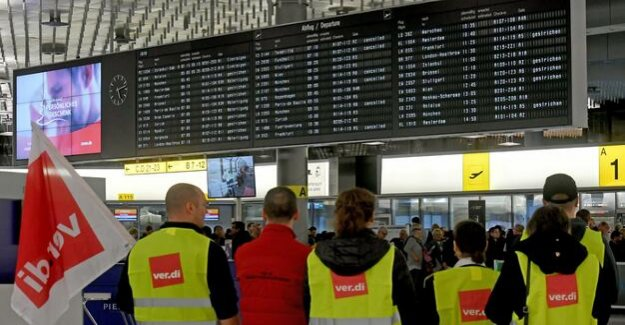 Collective conflict during the security personnel Strike at German airports have started
