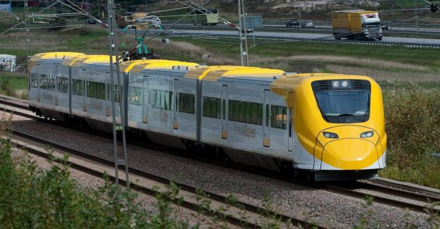DN Opinion. The Arlanda Express will have to report the emissions per person