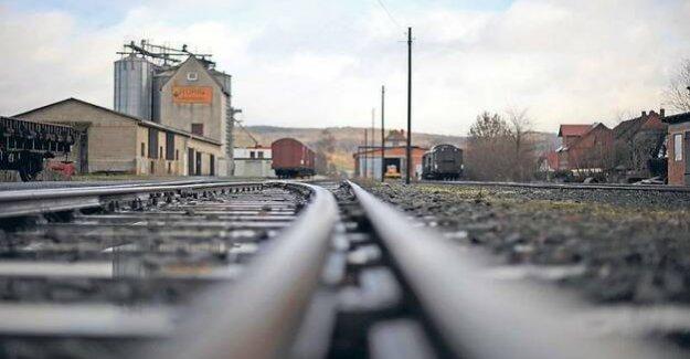 Deutsche Bahn AG has a birthday : 25 years construction site