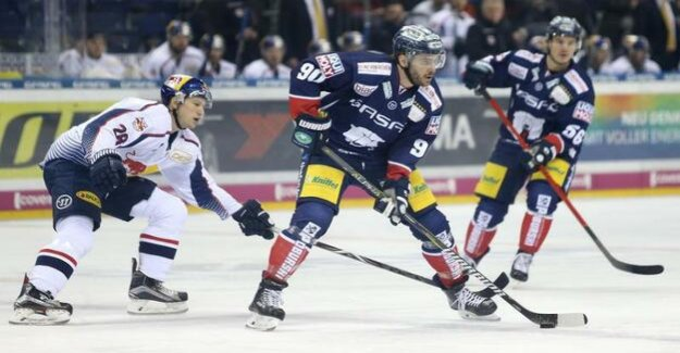 Eisbären Berlin of the football season 2018/19 : Live: 1:4 after the second-third against RB München