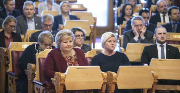 Erna and Siv in the front seat in Parliament:- Can be a recurring gag