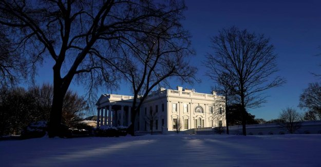 FBI arrest man Planning attack on The White House