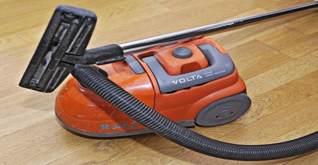 Fire and rescues a special mission in Espoo, finland - a resident threw a burning vacuum cleaner balcony