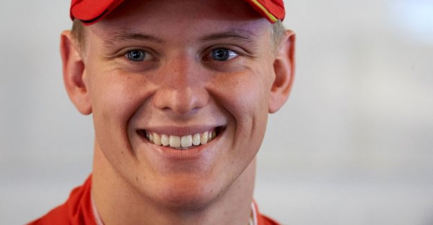 Following In the footsteps of his father: Mick Schumacher signs with Ferrari