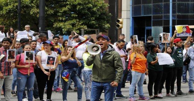 Foreign journalists arrested in Venezuela