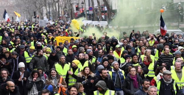 France: Eleventh weekend with Yellow västprotest