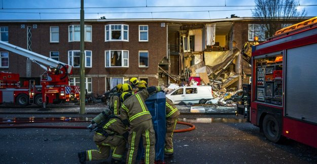 Great devastation after gas explosion in house, Den Haag: fourth injured after eight hours alive from rubble removed