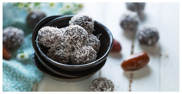 Healty chocolate – treats with dates