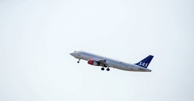 Heavy snowfalls at fault in more flight cancellations