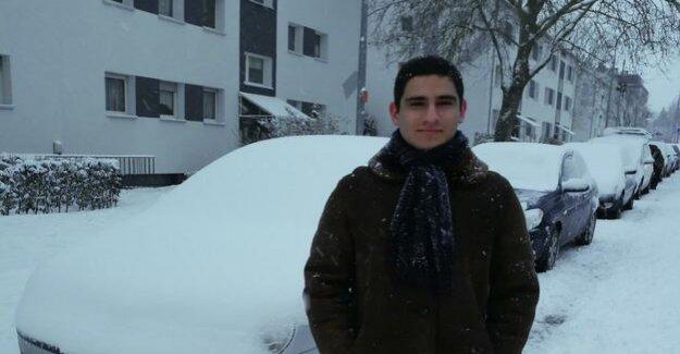 Isa El Sabbagh pour : Egypt has 18-year-old German because of terrorist suspicion