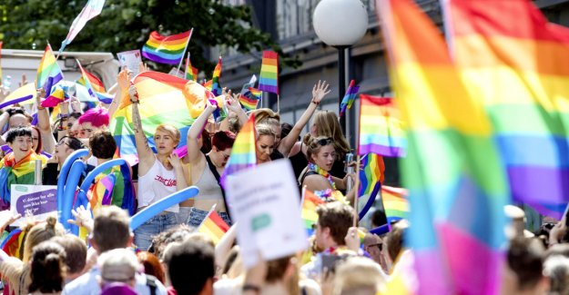 It is not mandatory to participate in the Oslo Pride