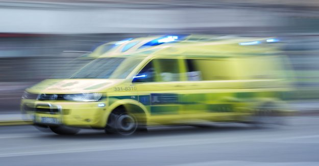 Körkortslös drivers prevented the ambulance