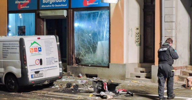 Large explosion at AfD-partijkantoor in Germany: police takes into account attack
