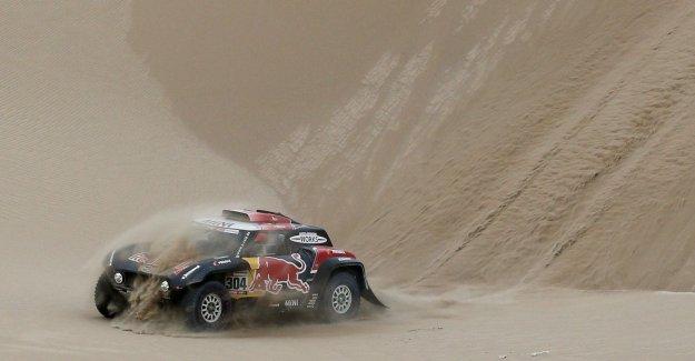 Leader Nasser Al-Attiyah wins second Dakar stage, Stéphane Peterhansel must with finish line in sight specify