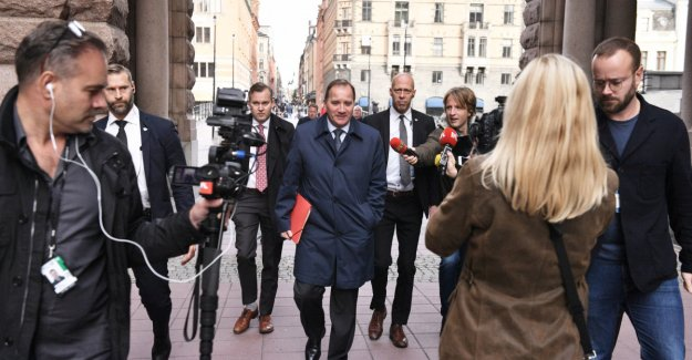 Löfven ready to continue as prime minister